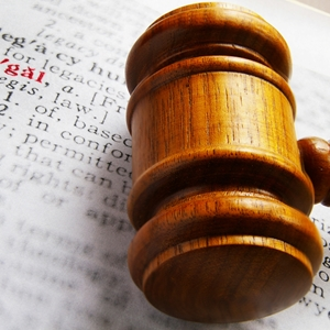 Rightscorp is adopting a new strategy and trying to take alleged copyright infringers to court en-masse.